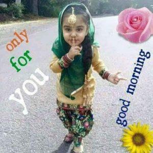 Indian Girl Good Morning Images in Hindi